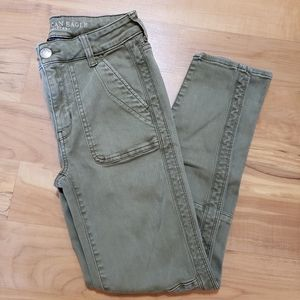 🔥 CLEARANCE AEO Jegging Crop Pants Army Green